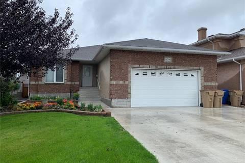 House for sale at 4091 Windsor Park By E Regina Saskatchewan - MLS: SK786328