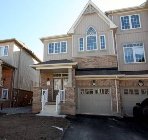 Townhouse for rent at 4092 Canby St Lincoln Ontario - MLS: X4735882
