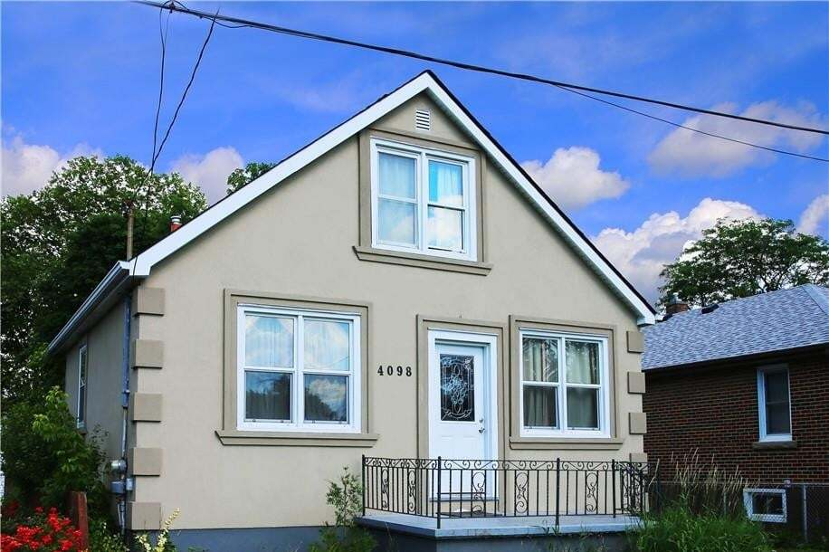 House for sale at 4098 Hickson Ave Niagara Falls Ontario - MLS: H4081814