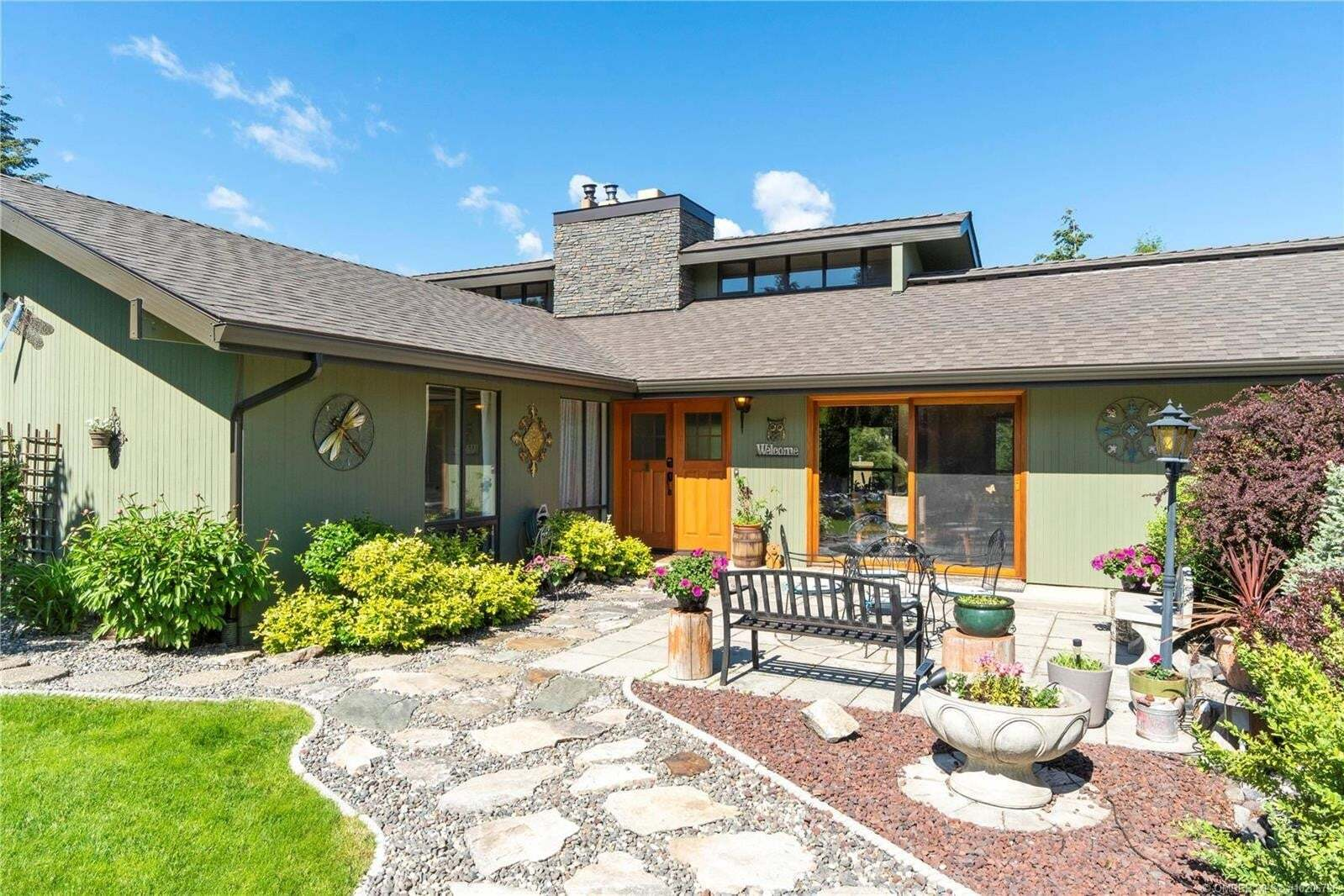 House for sale at 41 18th St Southeast Salmon Arm British Columbia - MLS: 10206796