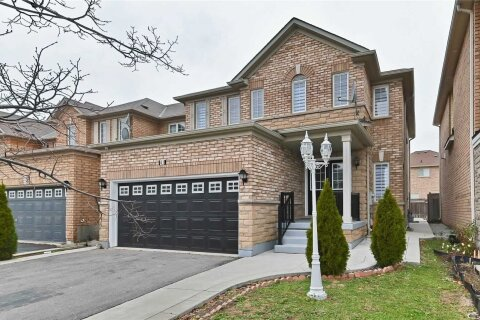 House for sale at 41 Crystal Glen Cres Brampton Ontario - MLS: W5002383
