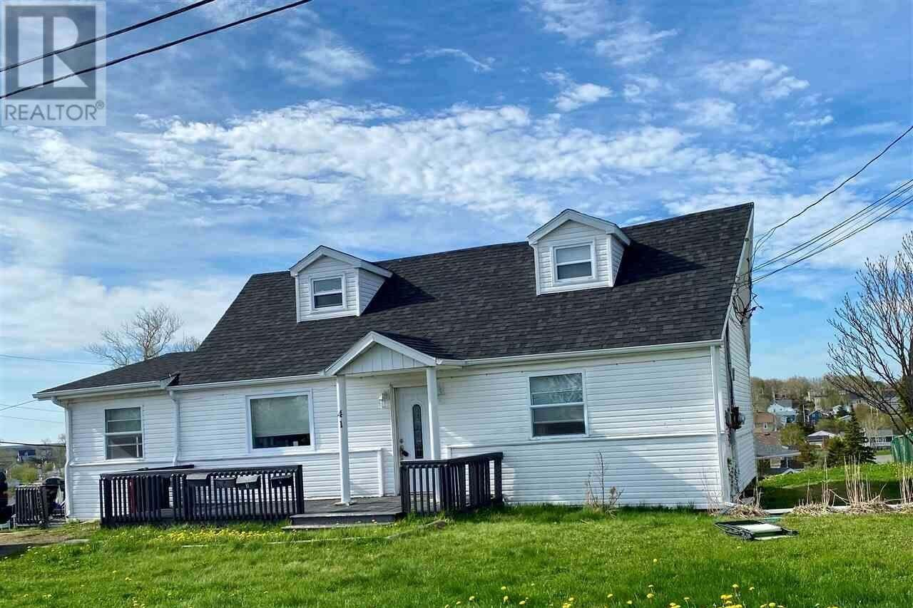 Townhouse for sale at 41 Currie St Glace Bay Nova Scotia - MLS: 202004410