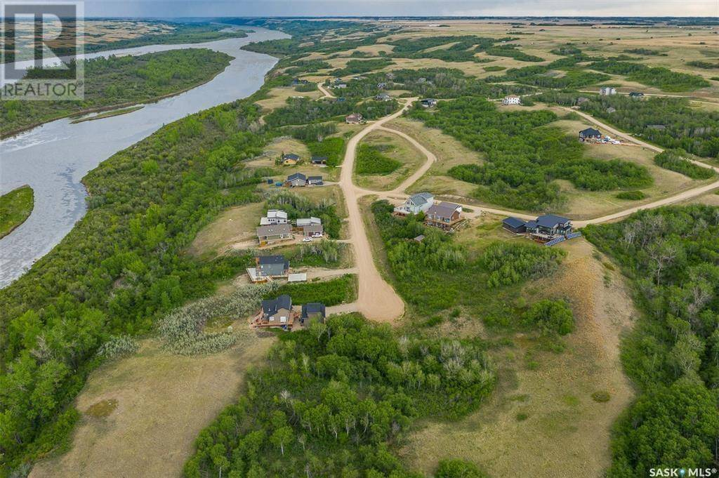 Residential property for sale at 41 Laurier Cres Sarilia Country Estates Saskatchewan - MLS: SK779472
