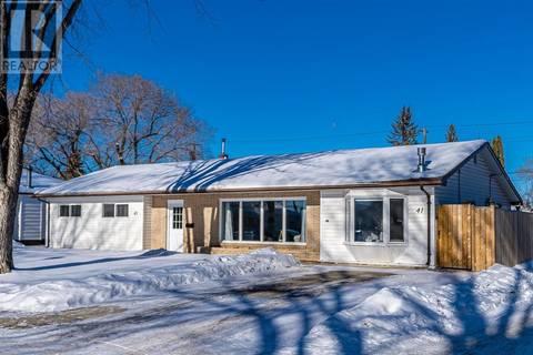 House for sale at 41 Mcaskill Cres Saskatoon Saskatchewan - MLS: SK799091