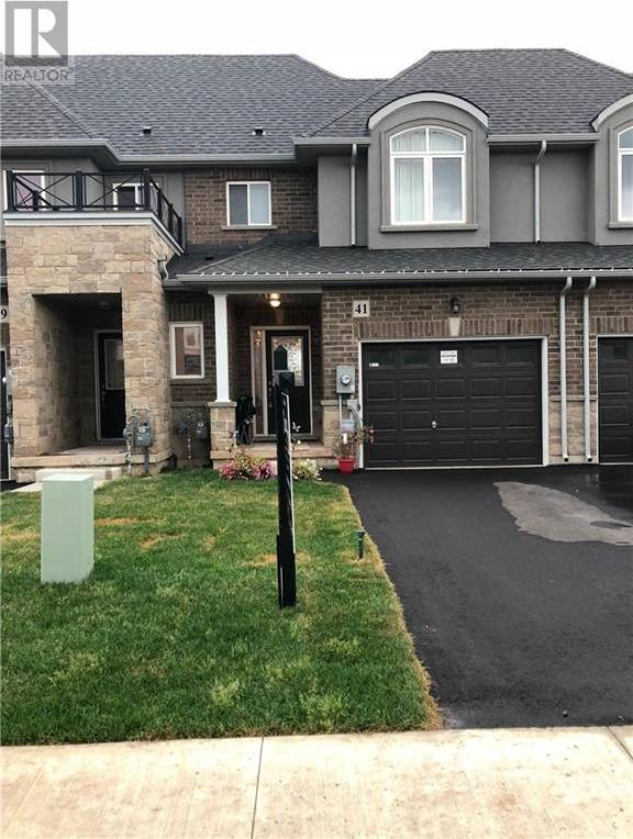 Townhouse for sale at 41 Pinot Cres Stoney Creek Ontario - MLS: 30752481