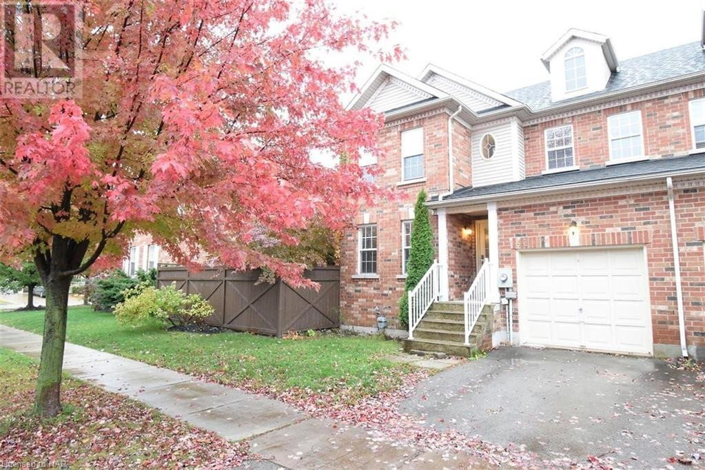 Townhouse for sale at 41 Robertson Rd Niagara-on-the-lake Ontario - MLS: 40034519