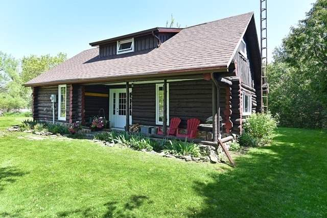 Sold: 41 South Bay Crescent, Prince Edward County, ON