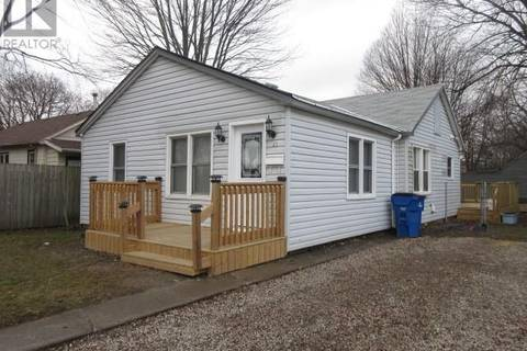 House for sale at 41 St Patrick St Chatham Ontario - MLS: 19016510