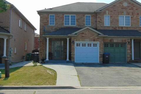Townhouse for sale at 41 Tanglemere Cres Brampton Ontario - MLS: W4826722
