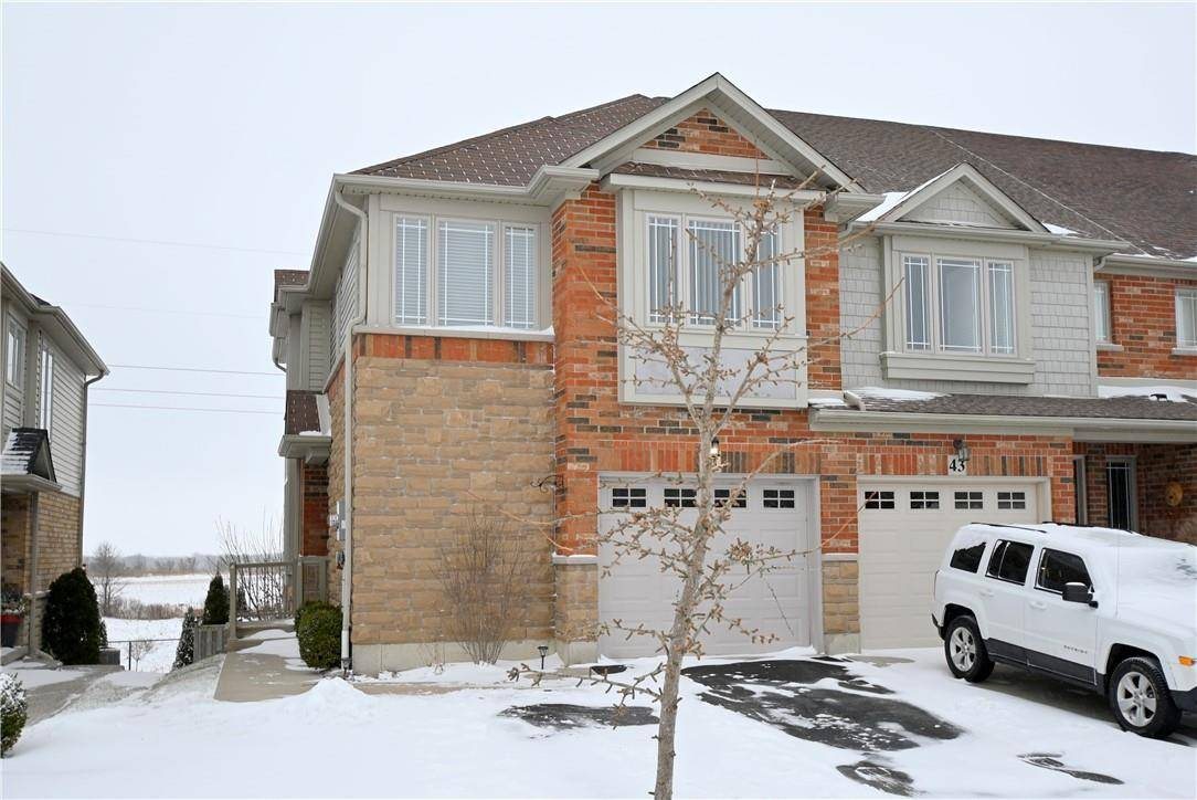 Townhouse for sale at 41 Voyager Passage Binbrook Ontario - MLS: H4072049