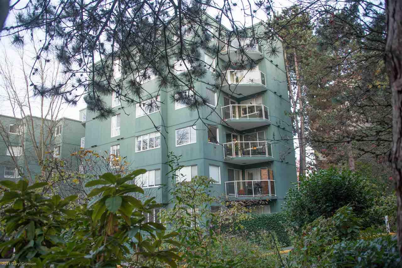 Sold: 410 - 1508 Mariner Walk, Vancouver, BC