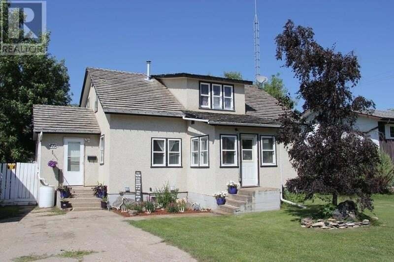 House for sale at 410 1st Ave E Shellbrook Saskatchewan - MLS: SK822260