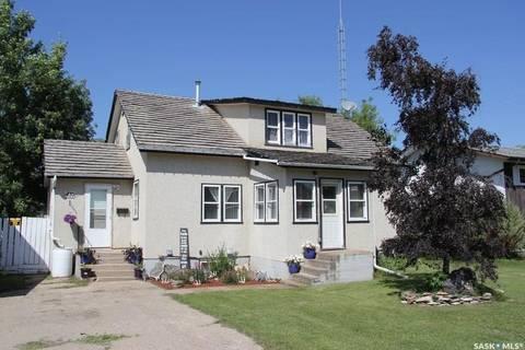House for sale at 410 1st Ave E Shellbrook Saskatchewan - MLS: SK782724