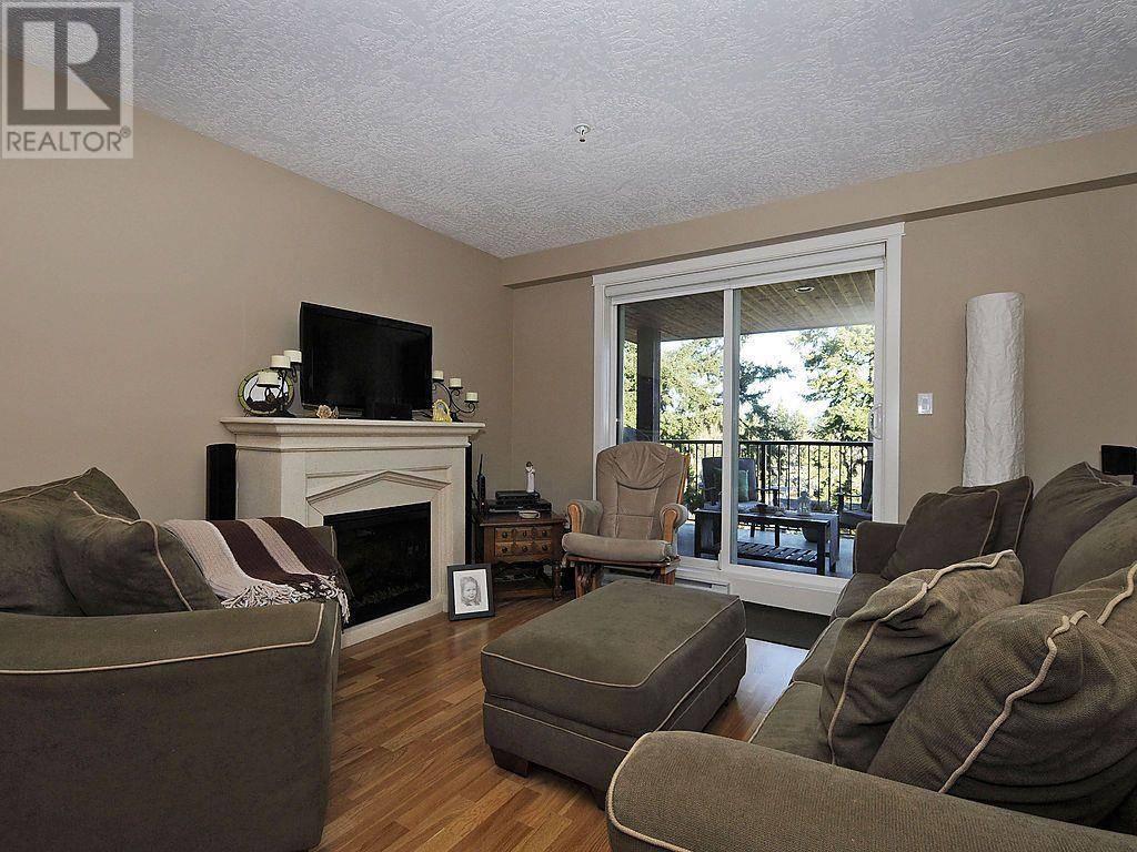 Condo for sale at 2717 Peatt Rd Unit 410 Victoria British Columbia - MLS: 423824