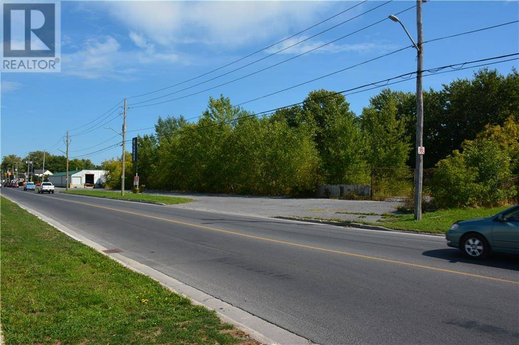 Residential property for sale at 410 7th St Cornwall Ontario - MLS: 1181717