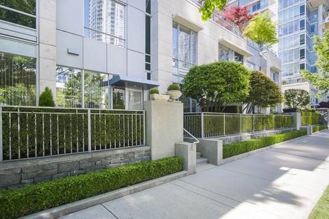 Townhouse for sale at 410 Beach Cres Vancouver British Columbia - MLS: R2369169