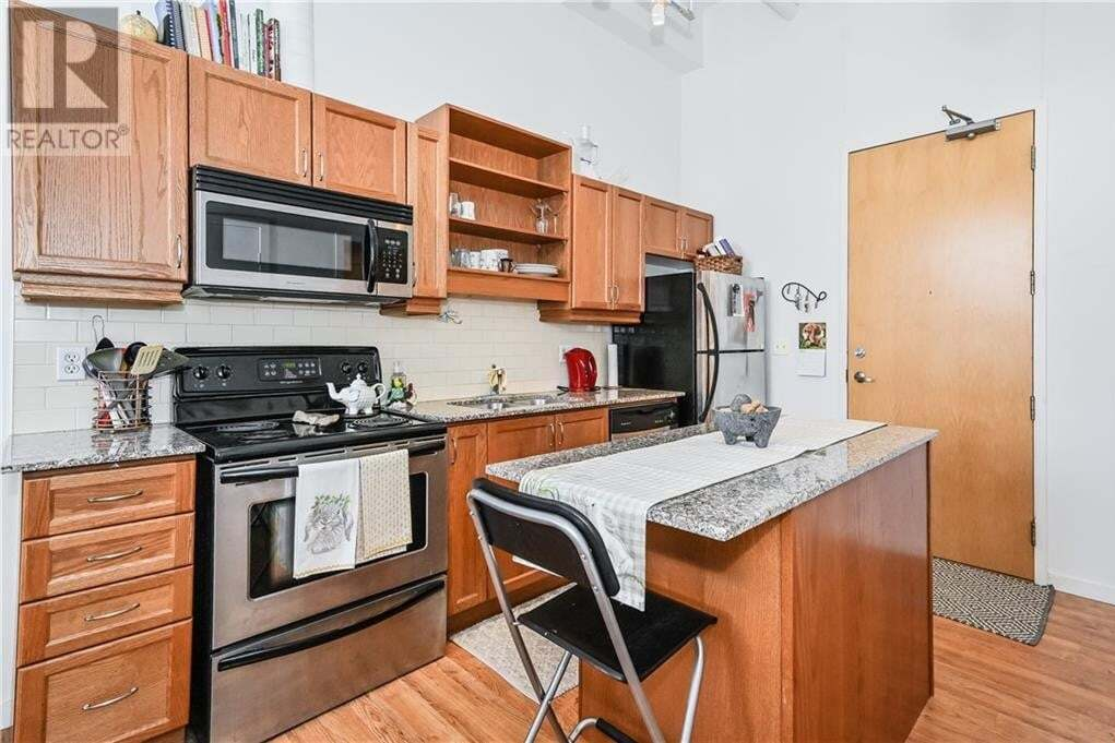 Condo for sale at 410 King St West Kitchener Ontario - MLS: 30818844
