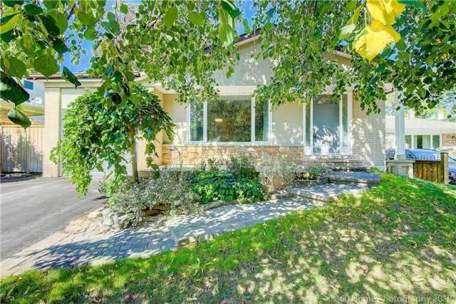 Sold: 410 Roywood Crescent, Newmarket, ON