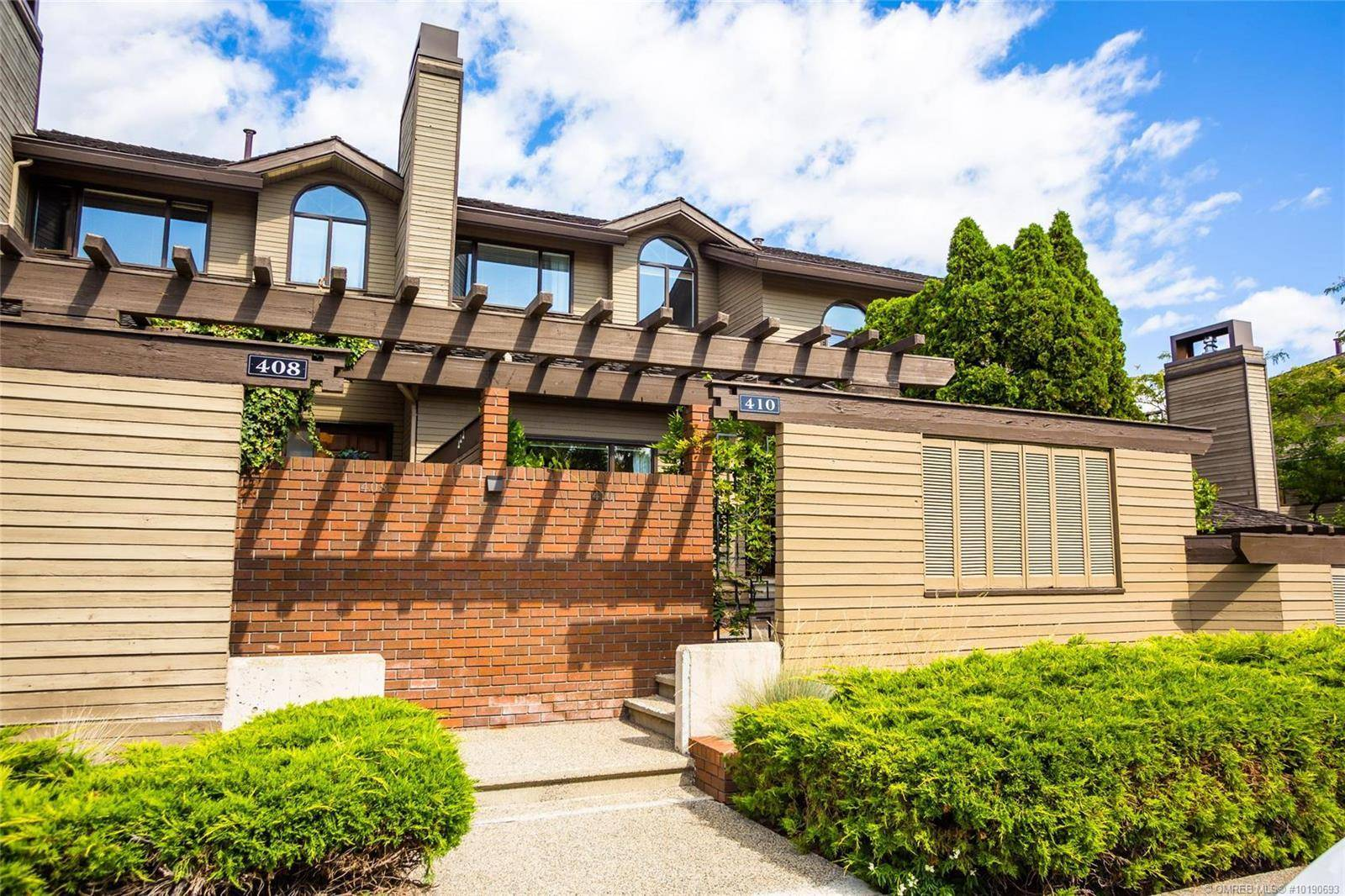 Townhouse for sale at 410 West Ave Kelowna British Columbia - MLS: 10190693