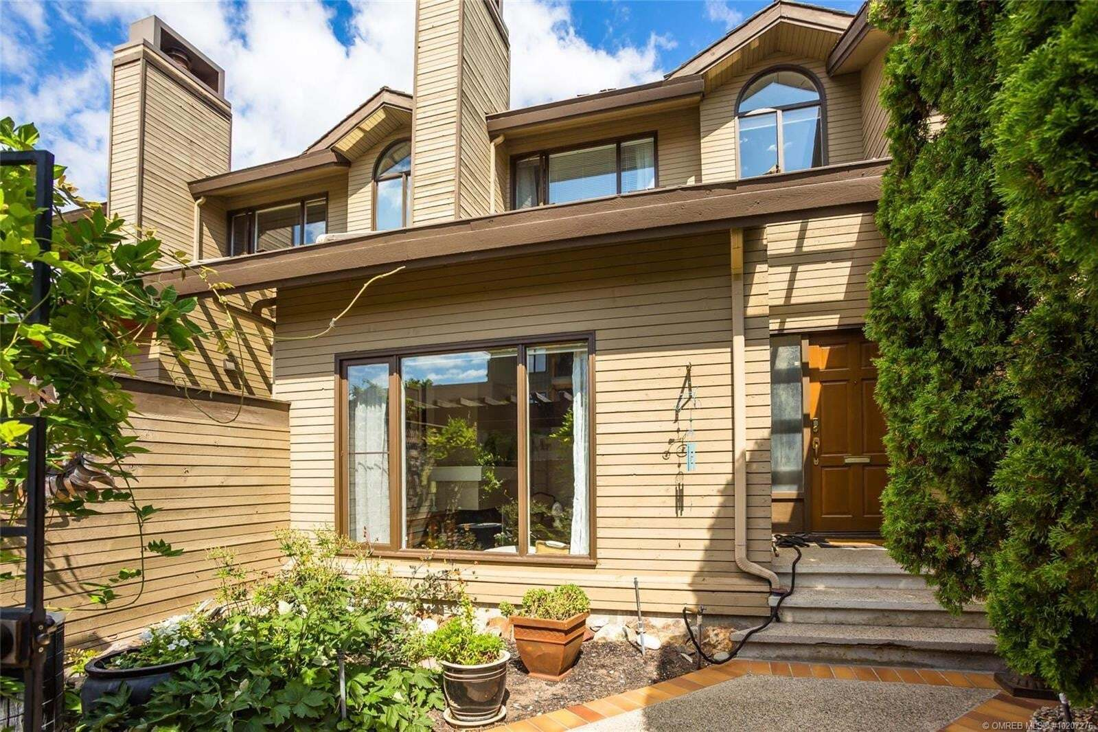 Townhouse for sale at 410 West Ave Kelowna British Columbia - MLS: 10207276