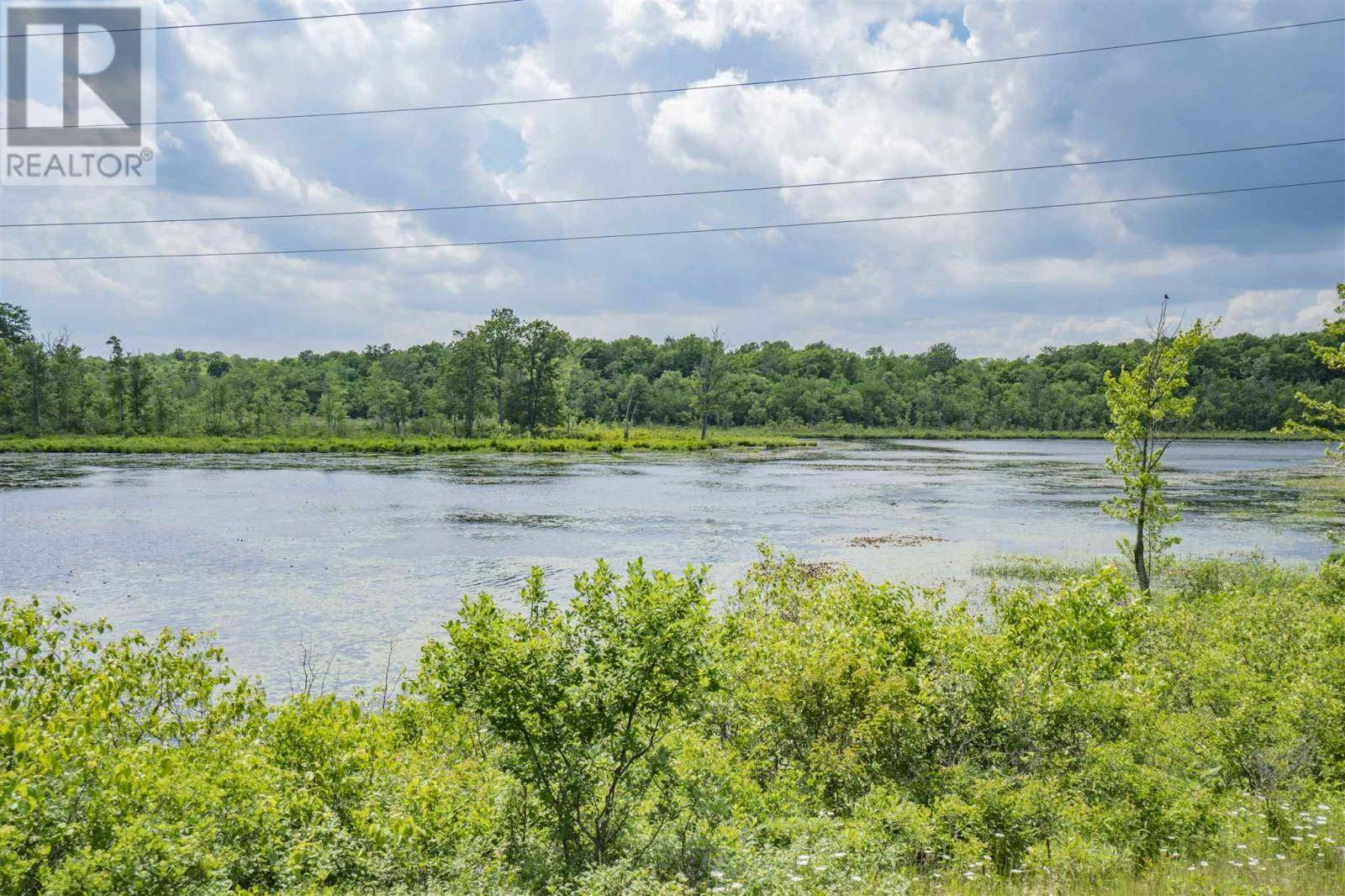 Residential property for sale at 4102 Desert Lake Rd South Frontenac Twp Ontario - MLS: K19004285a
