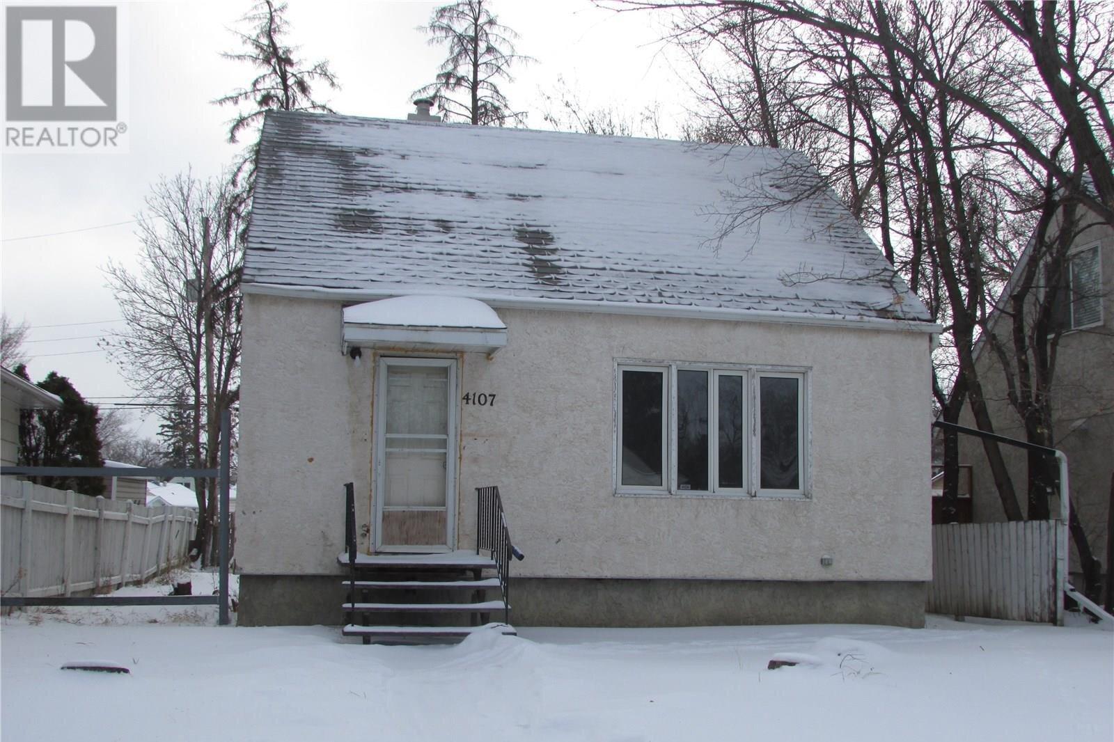 House for sale at 4107 2nd Ave Regina Saskatchewan - MLS: SK821808