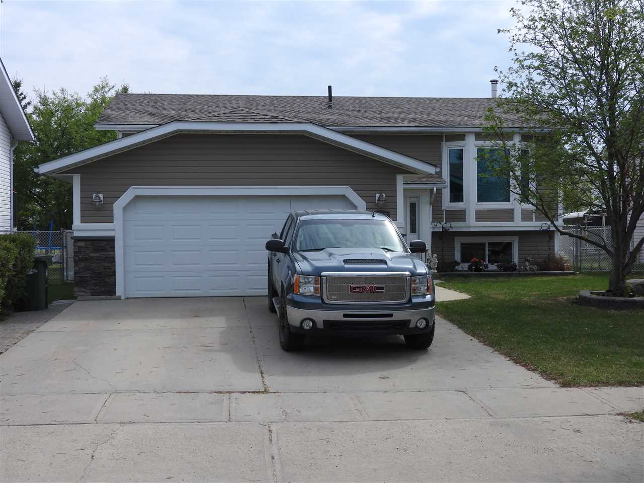 For Sale: 4107 42 Street, Bonnyville Town, AB | 4 Bed, 3 Bath House for $379,500. See 8 photos!