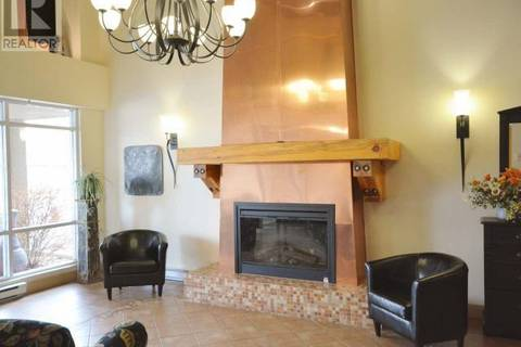 Condo for sale at 100 Lakeshore Dr W Unit 411 Penticton British Columbia - MLS: 177657