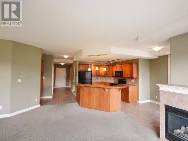 Condo for sale at 100 Lakeshore Dr W Unit 411 Penticton British Columbia - MLS: 180975