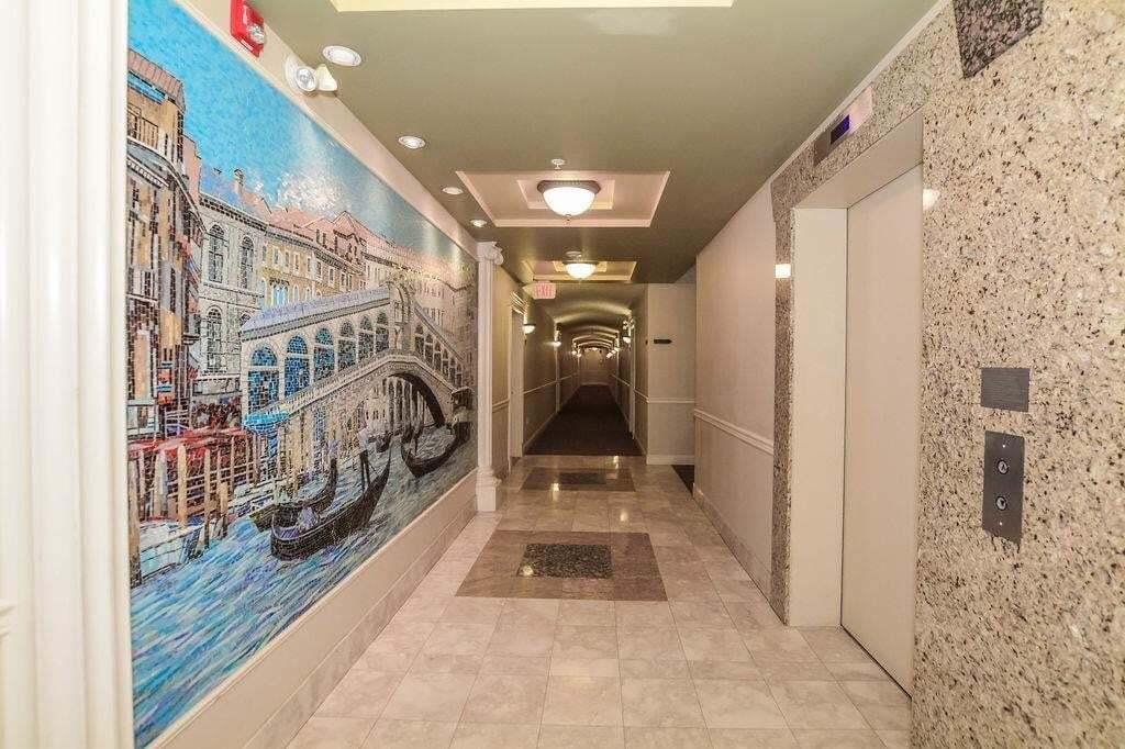 Condo for sale at 10333 112 St NW Unit 411 Edmonton Alberta - MLS: E4190663