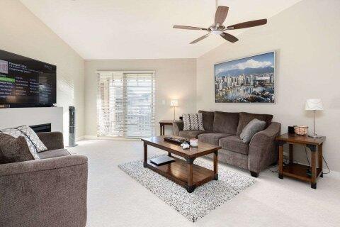 Condo for sale at 12238 224 St Unit 411 Maple Ridge British Columbia - MLS: R2527434