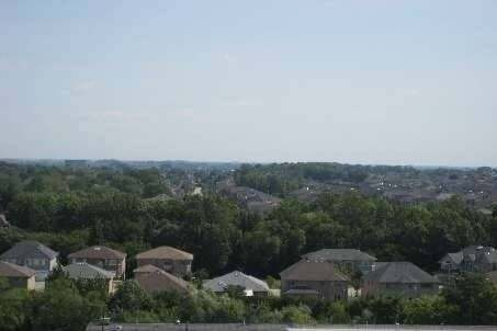 Apartment for rent at 310 Red Maple Rd Unit 411 Richmond Hill Ontario - MLS: N4781228