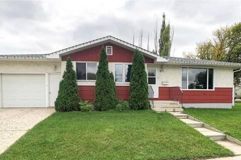 House for sale at 411 3rd Ave SE Swift Current Saskatchewan - MLS: SK786378