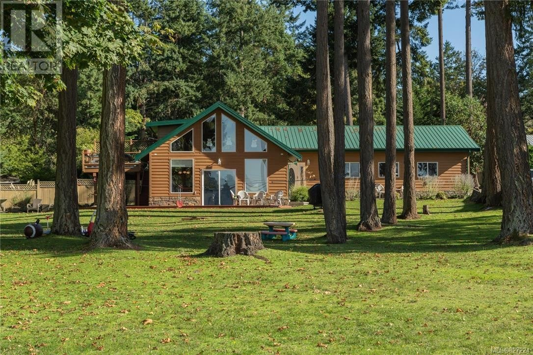House for sale at 411 Fernhill  Mayne Island British Columbia - MLS: 827224