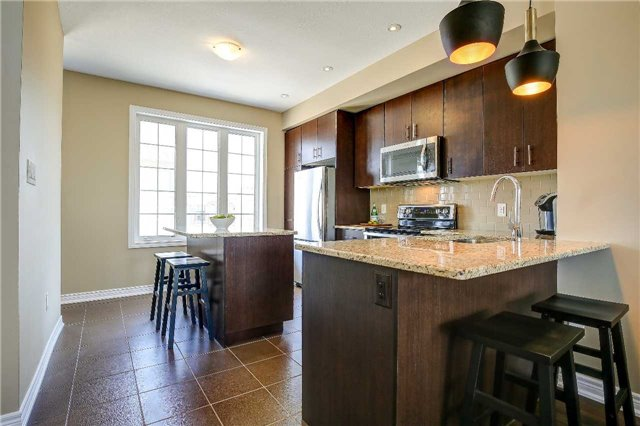 For Sale: 411 Hardwick Common , Oakville, ON | 3 Bed, 3 Bath Townhouse for $799,000. See 20 photos!