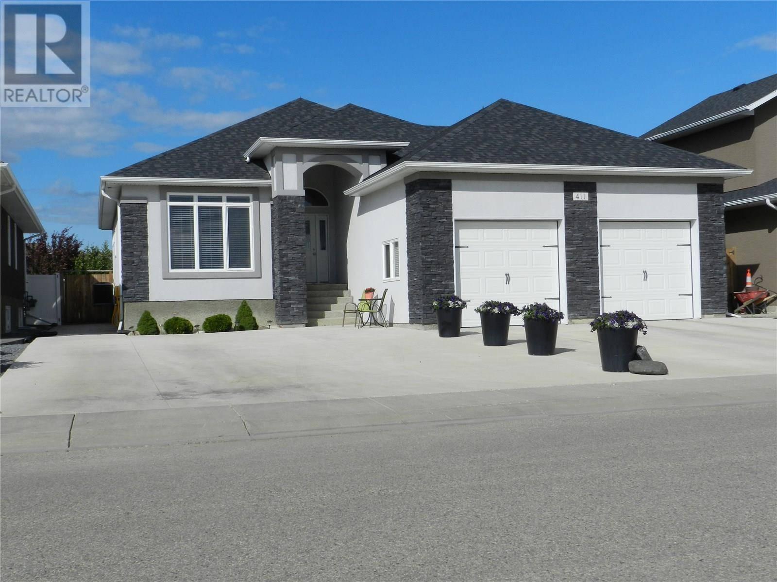 House for sale at 411 Hargreaves Grn  Saskatoon Saskatchewan - MLS: SK778469