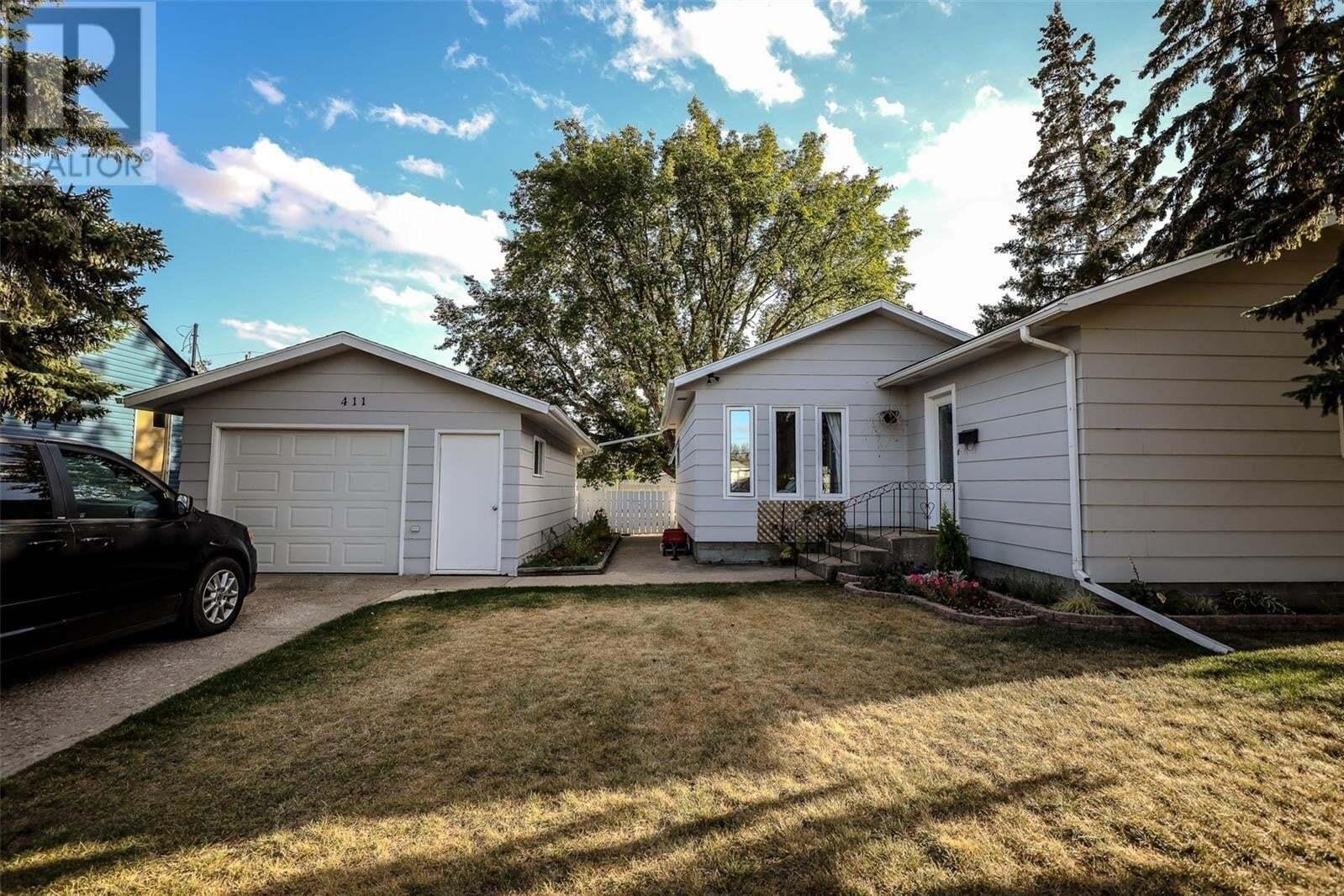 House for sale at 411 Main St W Warman Saskatchewan - MLS: SK828901
