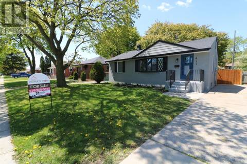 House for sale at 411 Riverdale  Windsor Ontario - MLS: 19018171