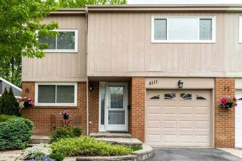 Townhouse for sale at 4111 Barbican Dr Mississauga Ontario - MLS: W4774691