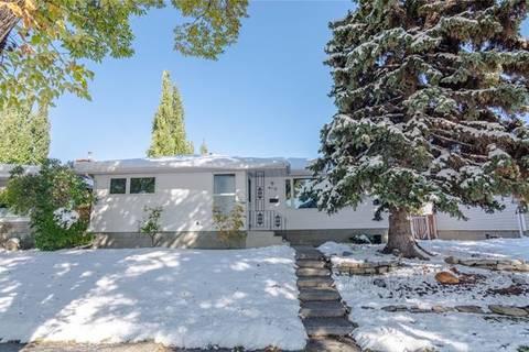 House for sale at 4112 Varsity Dr Northwest Calgary Alberta - MLS: C4271145
