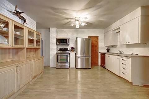 House for sale at 4115 67 St Northwest Calgary Alberta - MLS: C4265704