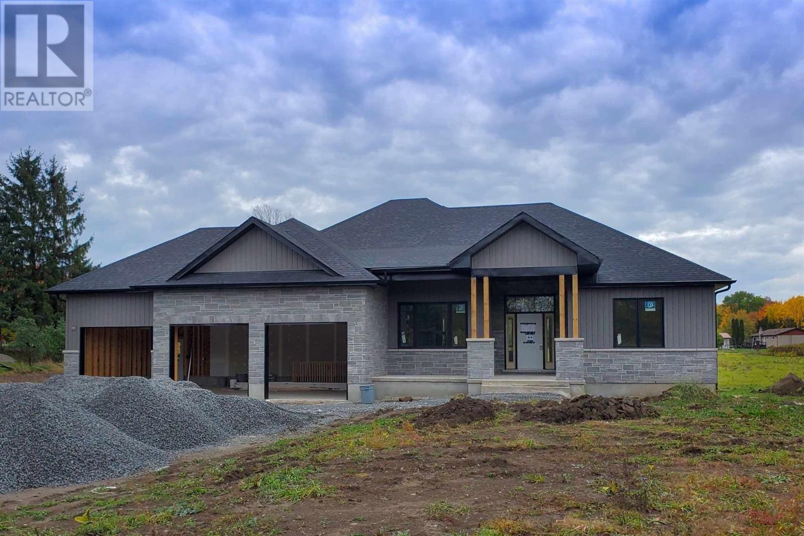House for sale at 4119 Moreland Dixon Rd South Frontenac Ontario - MLS: K20003867