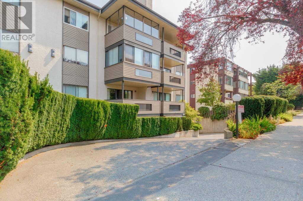 Condo for sale at 1619 Morrison St Unit 412 Victoria British Columbia - MLS: 415174