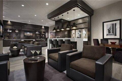 Apartment for rent at 305 Roehampton Ave Unit 412 Toronto Ontario - MLS: C5085912