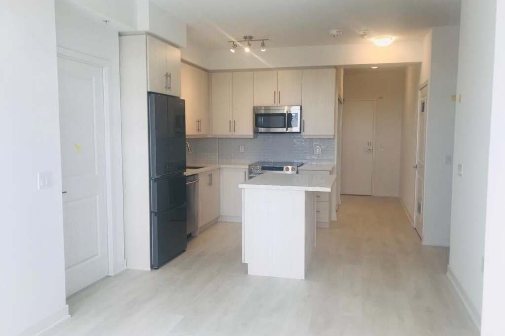 Apartment for rent at 75 Oneida Cres Unit 412 Richmond Hill Ontario - MLS: N4864140