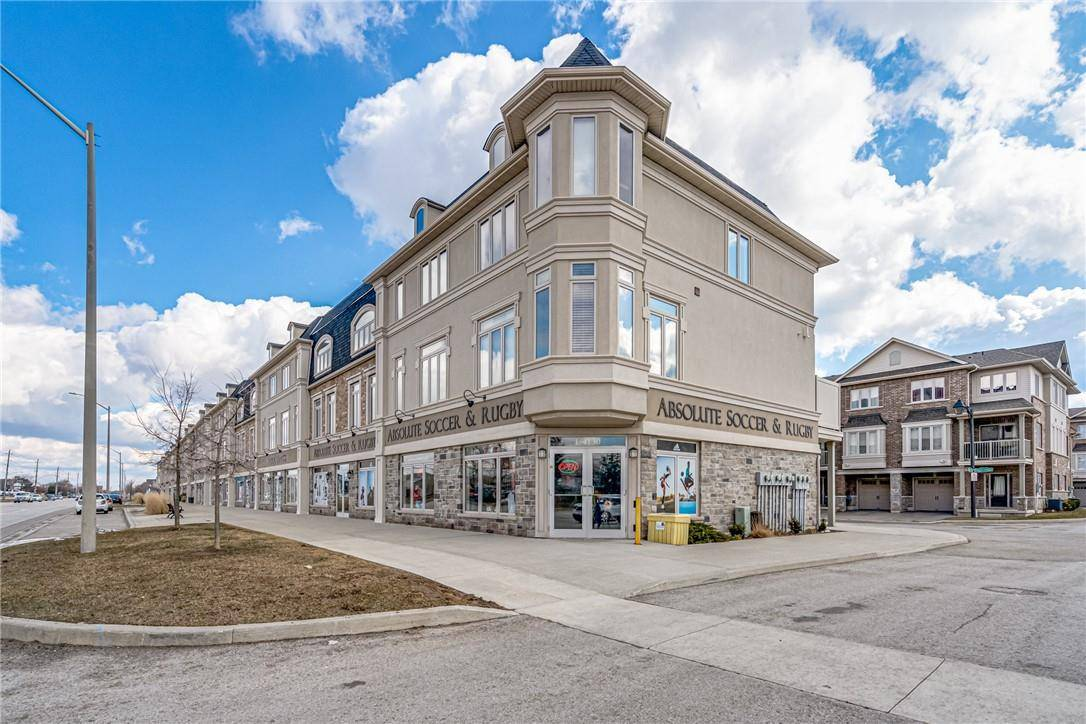 Townhouse for sale at 4121 Palermo Common Burlington Ontario - MLS: H4075872
