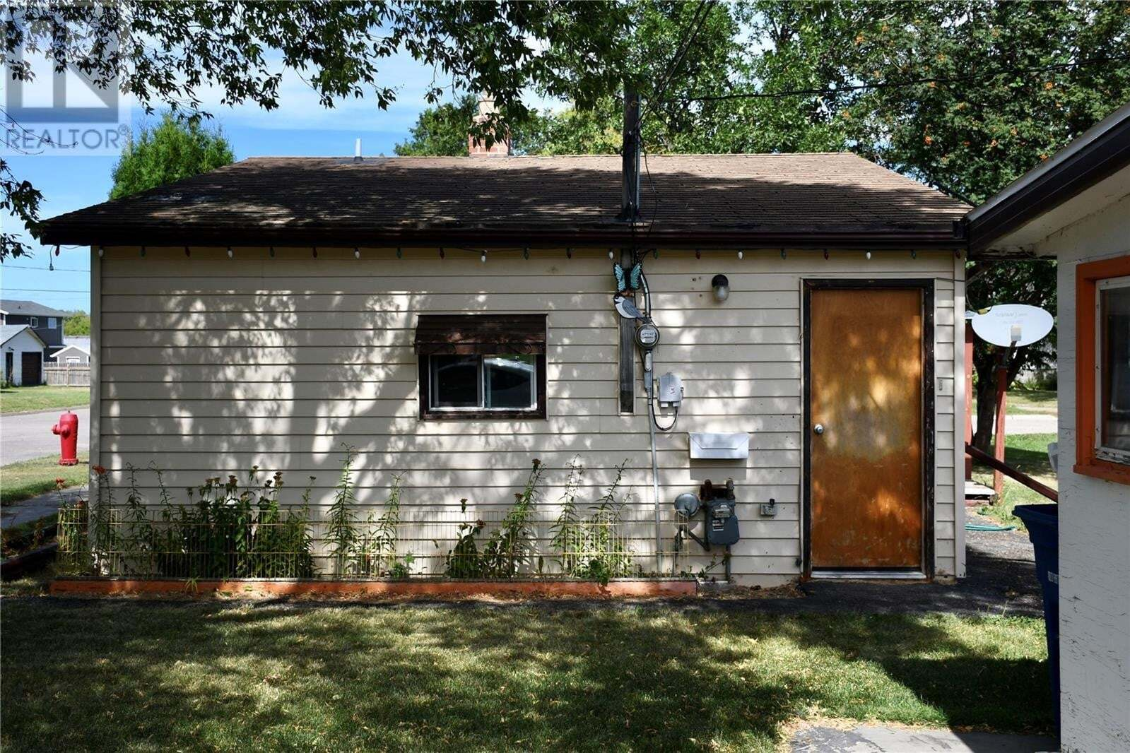House for sale at 413 B Ave W Wynyard Saskatchewan - MLS: SK824285