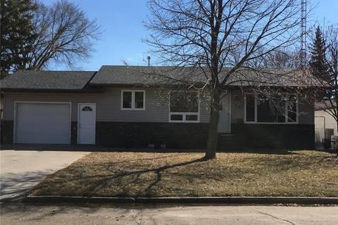 House for sale at 413 Short St Esterhazy Saskatchewan - MLS: SK768146