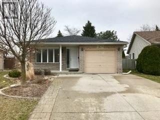 4321 spago windsor for sale 339900 zolo house for sale at 4133 anthony windsor ontario mls 18003254 solutioingenieria Images