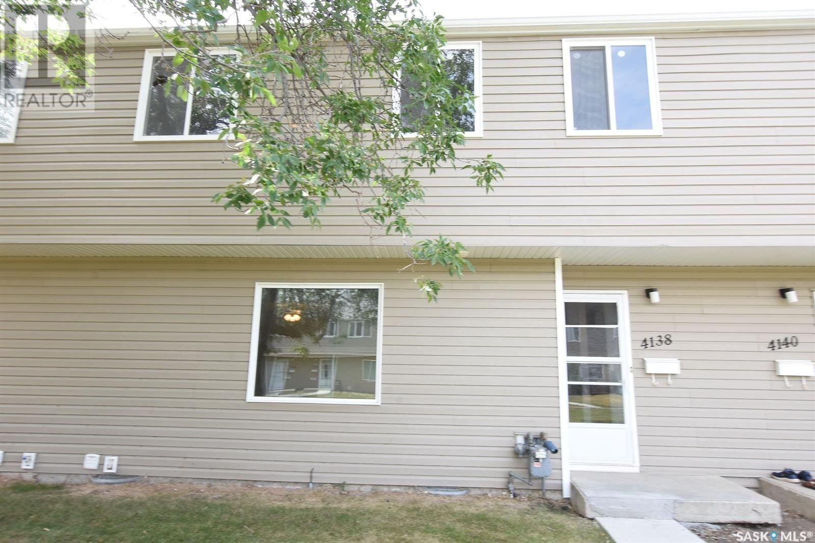 Townhouse for sale at 4138 Castle Rd Regina Saskatchewan - MLS: SK824039
